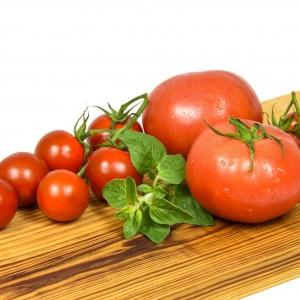Ekologiczny pomidor malinowy